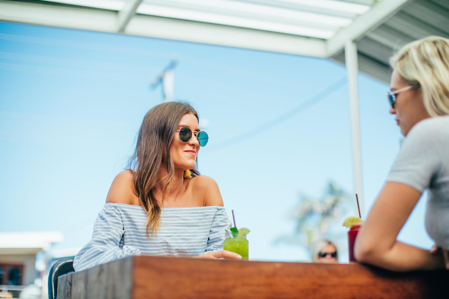 Friends dining BSKT Nobby Beach