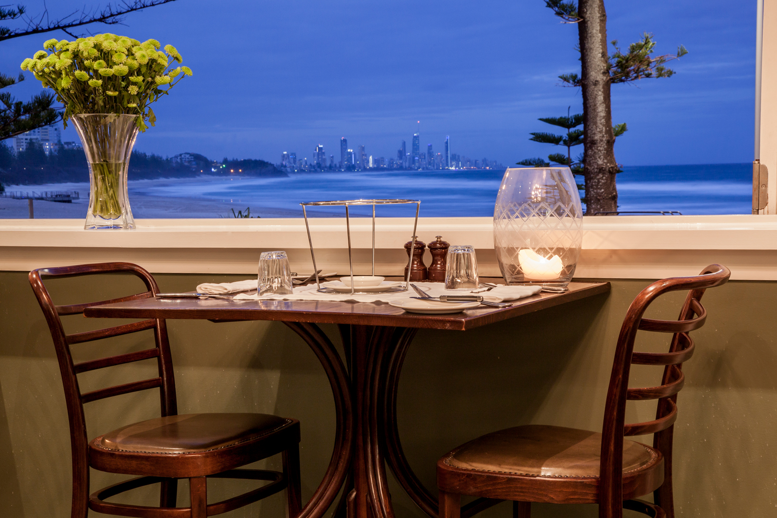 The Fish House table for two with view to Surfers Paradise